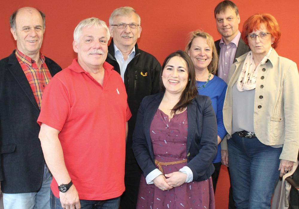 Von links: Harald Koch, Thomas Klusmann, Achim Eichenlaub, Paula Neubauer, Susanne Rudolph, Gemeindebürgermeister Detlef Kaatz, Vorsitzende Schulausschuss Ute Baars. Foto: Privat