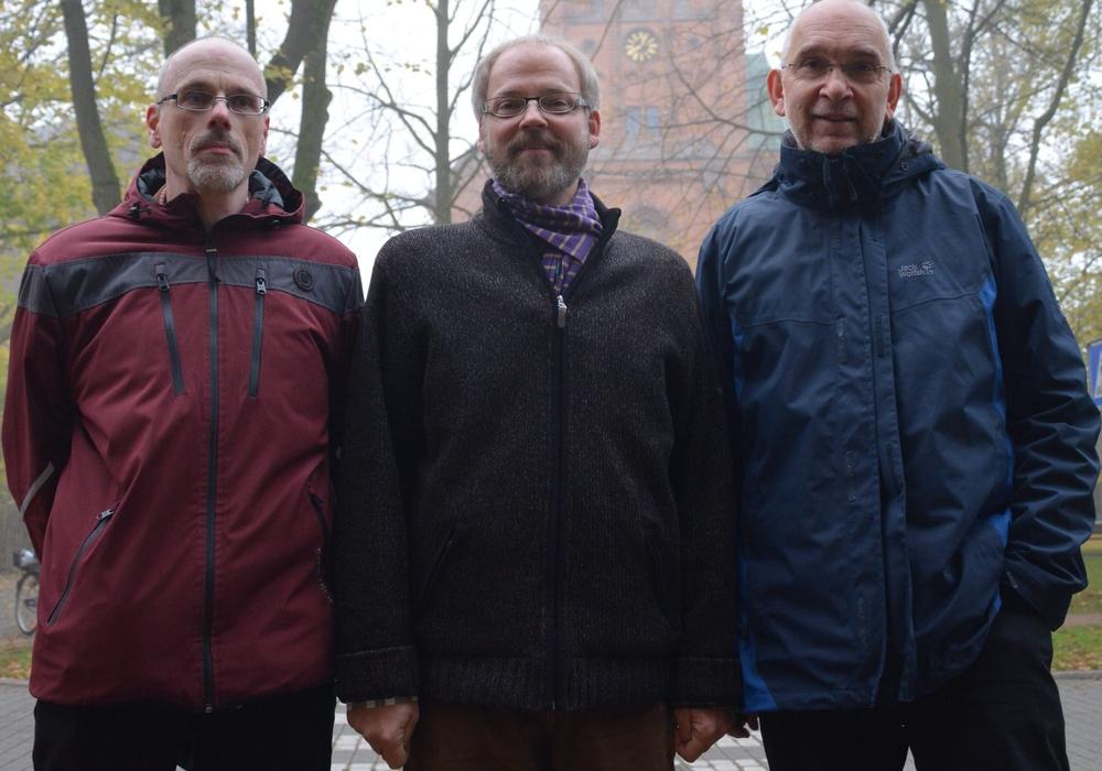 Machen sich Gedanke um die Zeit nach der Reformation: Pastor Ulf Damm, der katholische Pfarrer Hendrik Rust und Superintendent Dr. Volker Menke. Foto: Kirchenkreis