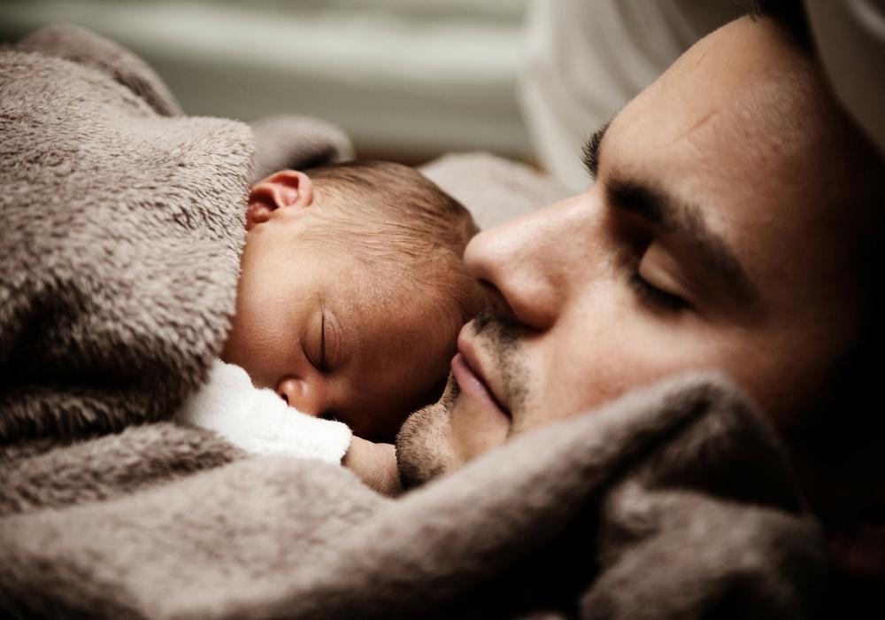Auch getrennt von den Kindern lebende Väter brauchen mal Hilfe. Foto: Pixabay