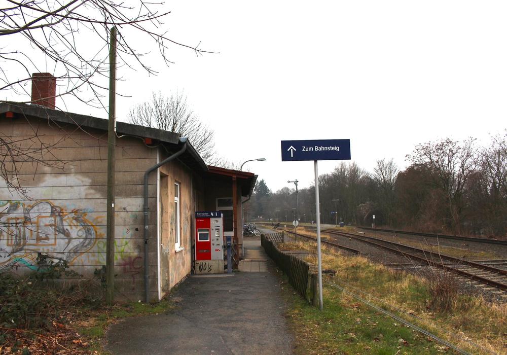 Von einem Bahnhof nach heutigen Standards ist der Bahnhof Gliesmarode weit entfernt. Foto: Archiv/Sina Rühland