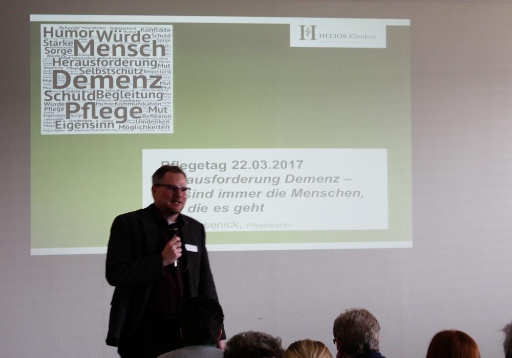 Nach einer umfassenden Einführung verteilten sich die Teilnehmer auf verschiedene Seminare und Vorträge. Fotos: Sandra Zecchino