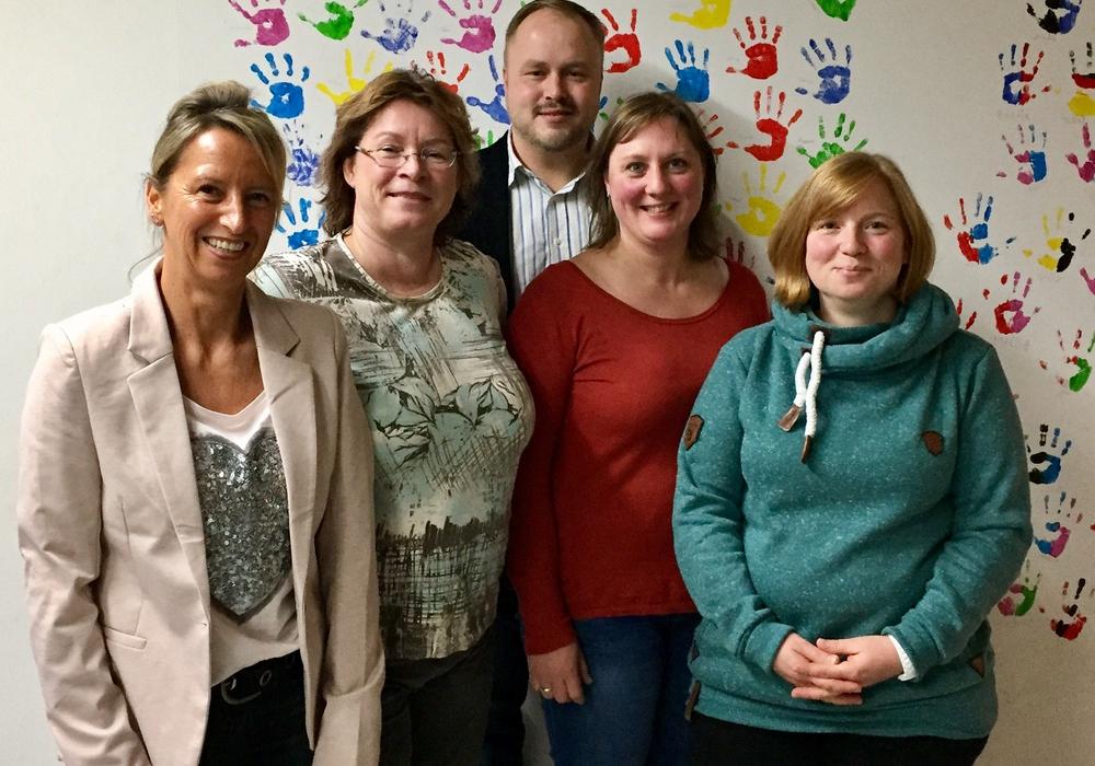 Simona Fischer-Peters, Sandra Gerbert, Sascha Göritz, Julia Vibrans und Nadine Mattmann. Foto: Sandy Feye):