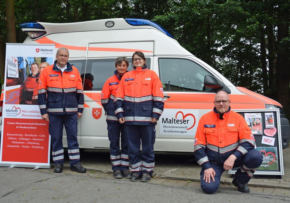 Letzte Wünsche erfüllen. Die  Malteser in Gifhorn beteiligen sich am Projekt Herzenswunsch-Krankenwagen. Foto: Malteser