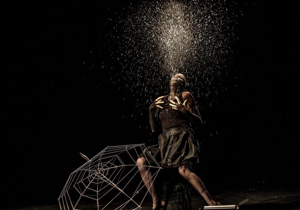 """""""Spinnlein, Spinnlein an der Wand"""" heißt es am Samstag um 18 Uhr und am Sonntag um 11 Uhr im Theater Fadenschein. Foto: Heysel"""