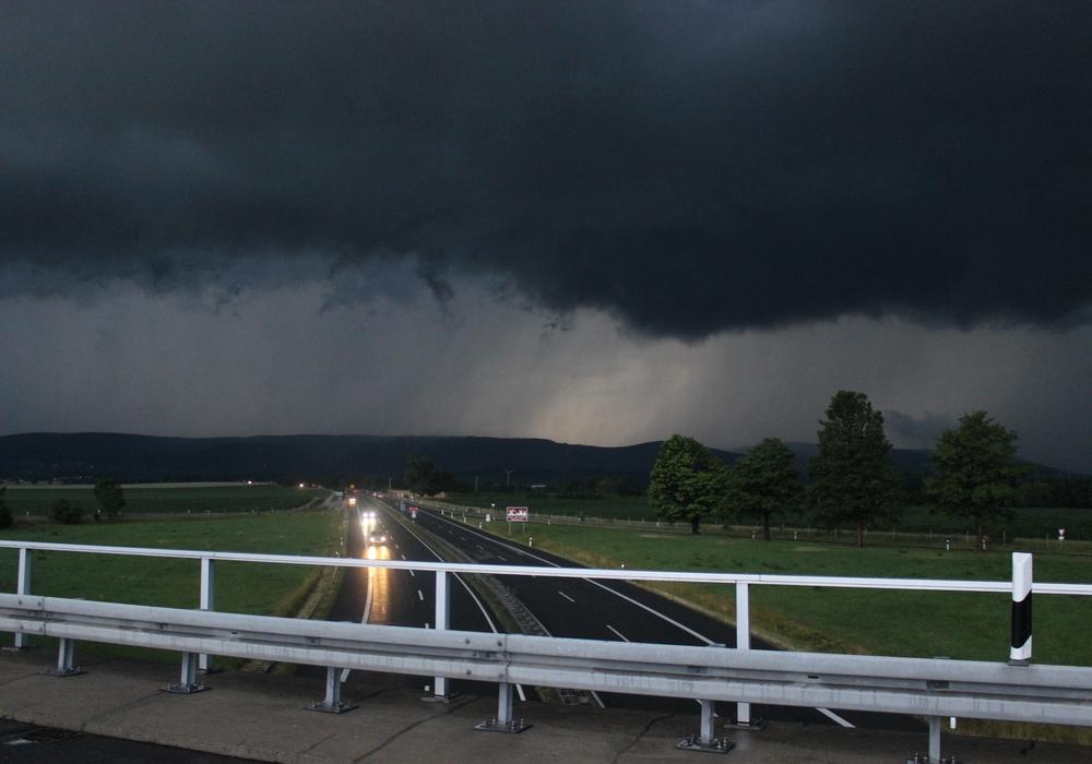 Droht uns das nächste Unwetter? Foto: Anke Donner / Archiv