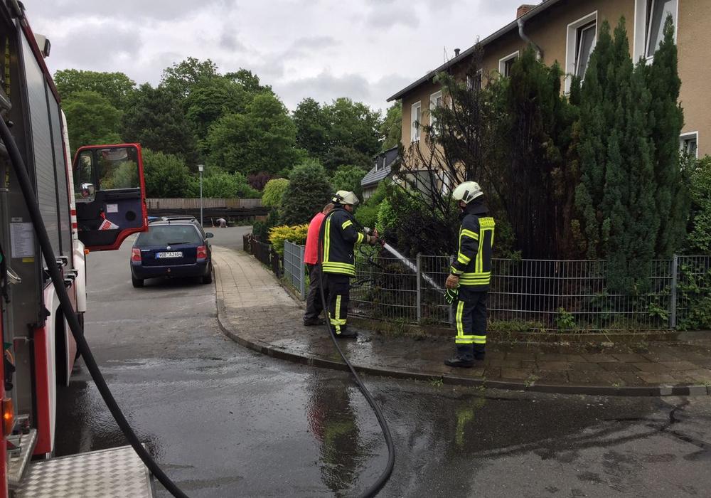 Die Feuerwehr musste sich lediglich um die Nachlöscharbeiten kümmern. Foto: Freiwillige Feuerwehr Fallersleben