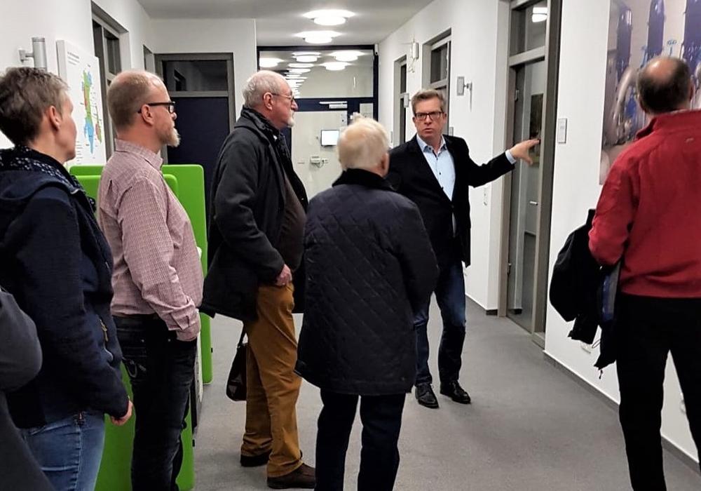 Der CDU-Gemeindeverband bedankt sich ganz herzlich bei Ralf Johannes für den interessanten und aufschlussreichen Rundgang! Foto: CDU