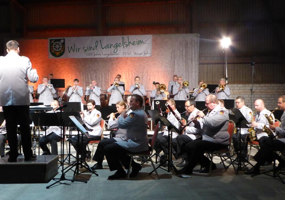 400 Gäste erlebten in Langelsheim das Konzert des Heeresmusikkorps aus Hannover. Foto: Günther Koschig