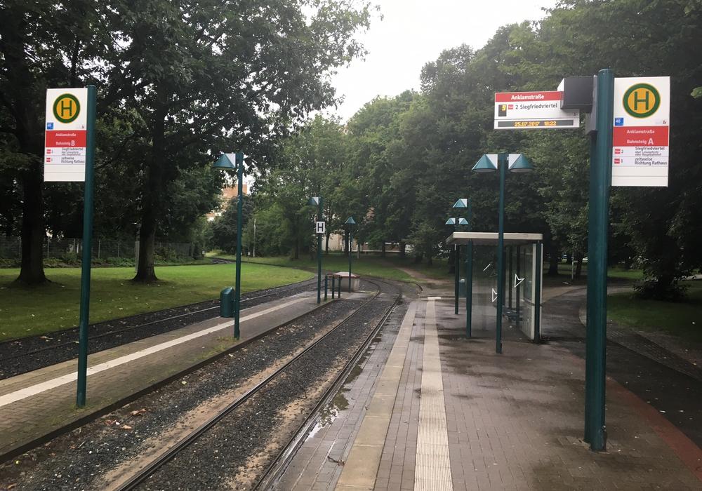 Das Land Niedersachsen fördert Projekte zum Ausbau des öffentlichen Personennahverkehrs. In sollen mehr als 10 Millionen Euro in den Ausbau fließen. Symbolfoto: Alexander Dontscheff