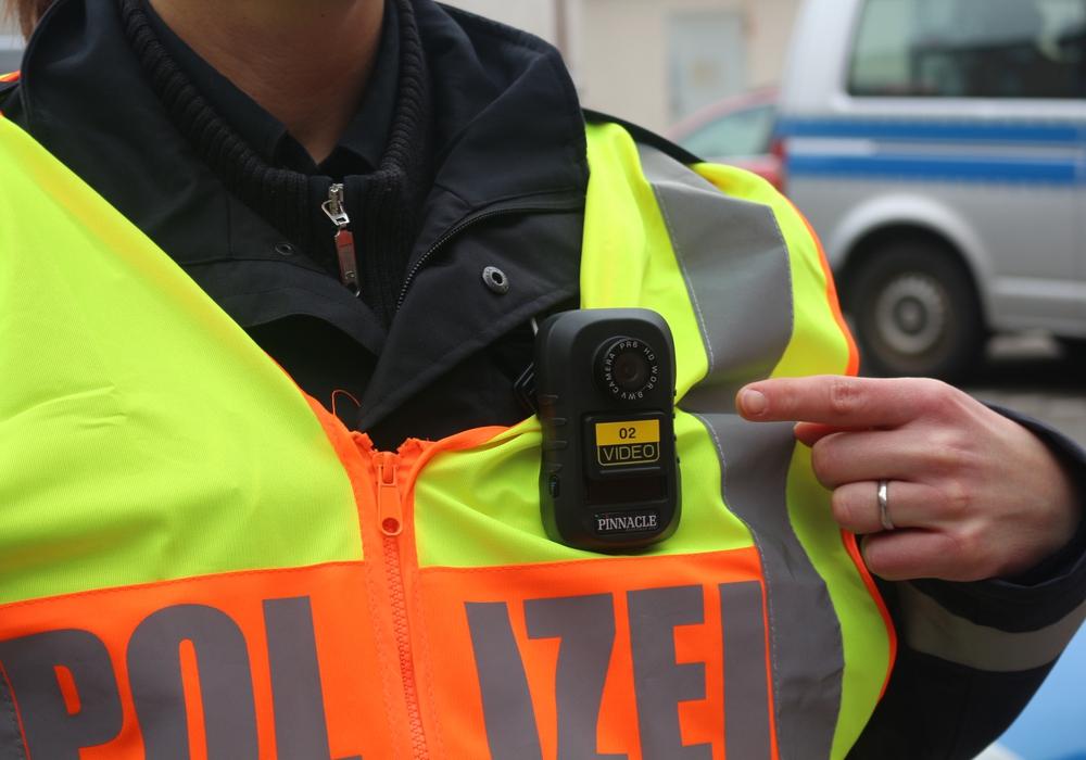 Die flächendeckende Einführung der Bodycams muss warten. Foto: Robert Braumann