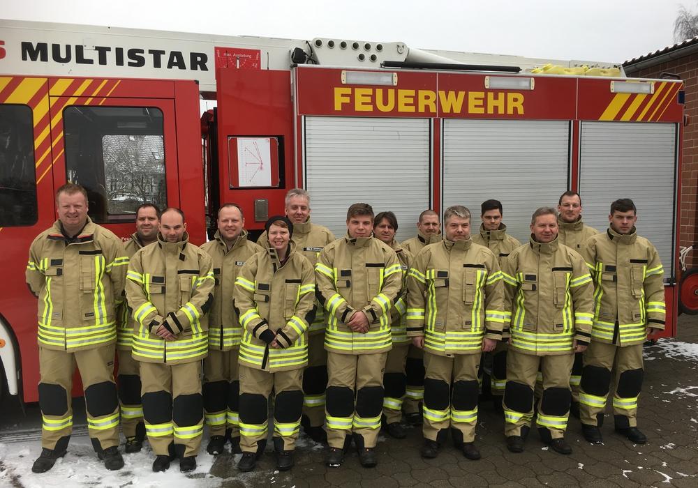Die Feuerwehren der Samtgemeinde Grasleben wurden mit neuer Schutzkleidung ausgestattet. Foto: Feuerwehr Grasleben