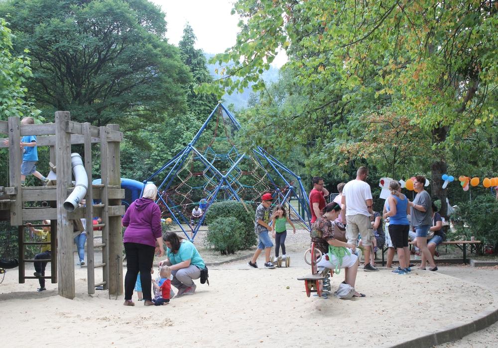 Auf dem Spielplatz am Stadtpark in Oker fand am Freitag das CDU-Kinderfest statt. Fotos: Anke Donner