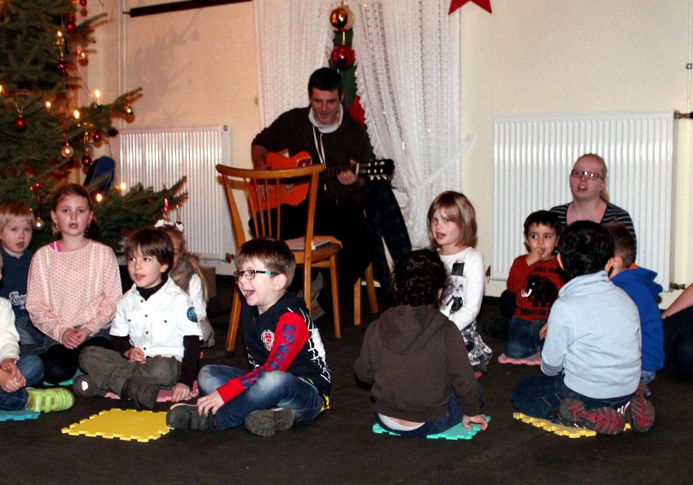 Adventsfeier in Roklum. Foto: Bernd-Uwe Meyer