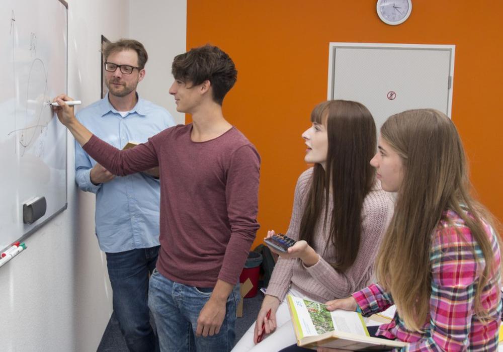 Studienkreis bietet kostenlose Tippsammlungen über Abschlussprüfungen für Schüler. Foto: Studienkreis