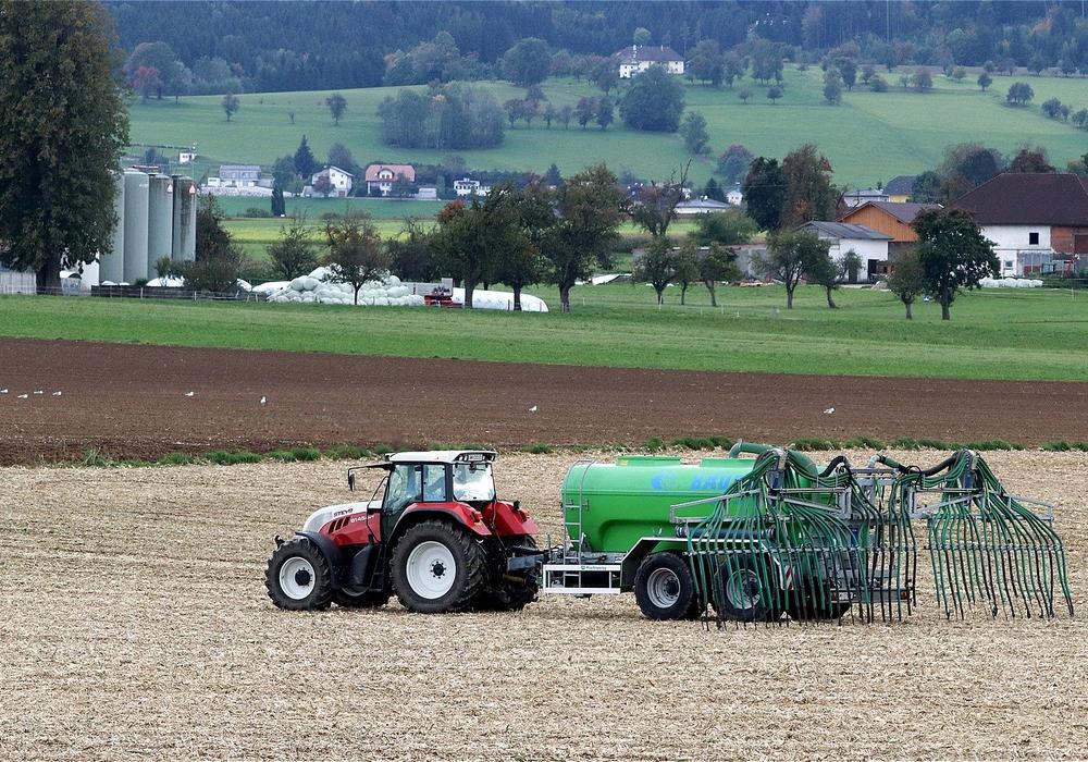 Heute wurden strengere Auflagen für die Düngung in der niedersächsischen Landwirtschaft beschlossen. Symbolfoto: Pixabay