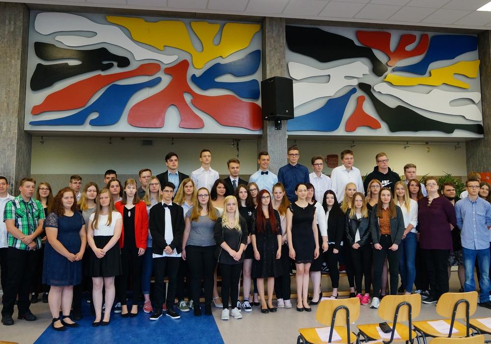 Abschlussklassen 9 und 10 der Haupt- und Realschule Werla-Schule Schladen. Foto: Werla-Schule Schladen
