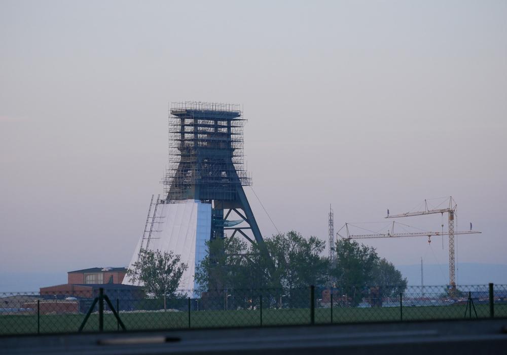 Das Fördergerüst des Schacht Konrad 2 Endlagers soll einen Korrosionsschutz erhalten. Foto: Alexander Panknin