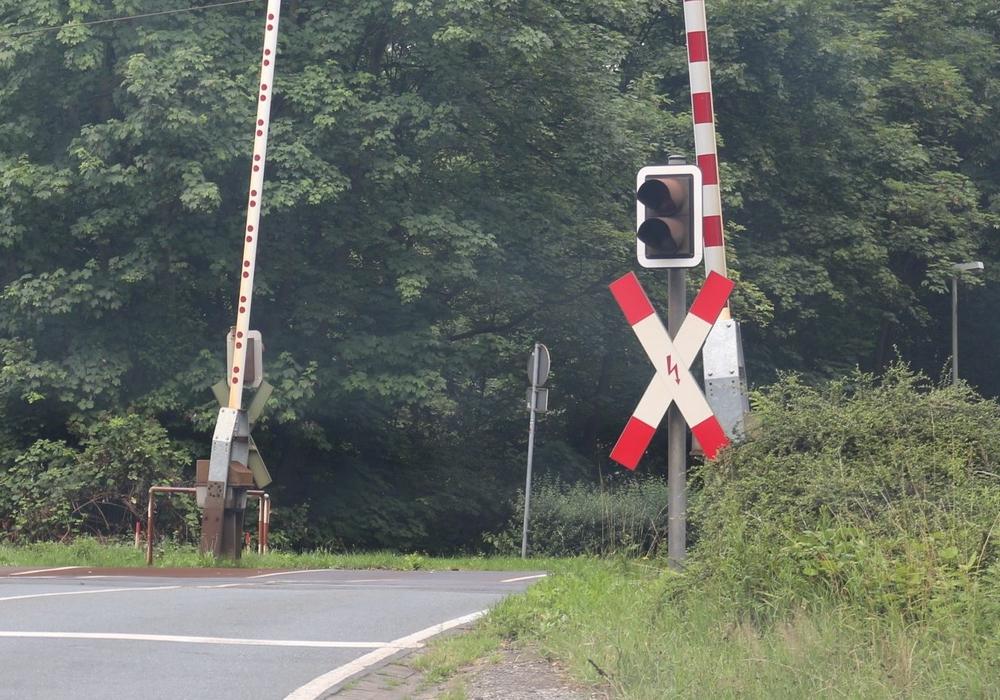 Ab Montag soll der Ärger mit der Bahnschranke ein Ende finden. Symbolbild: Robert Braumann