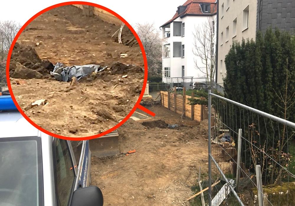 Bei Bauarbeiten gefunden: Unter der Folie soll die Fliegerbombe liegen. Noch heute wird evakuiert. Foto: Aktuell24 (KR)
