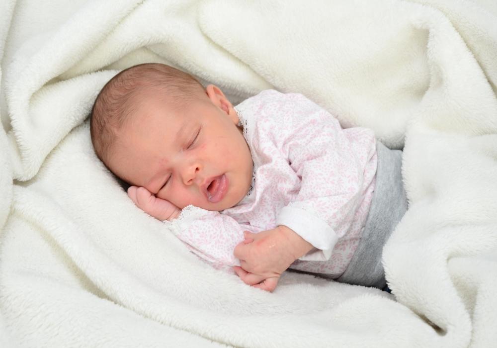 Wir freuen uns über die Geburt von Lotta Aylin Born. Foto: babysmile24.de