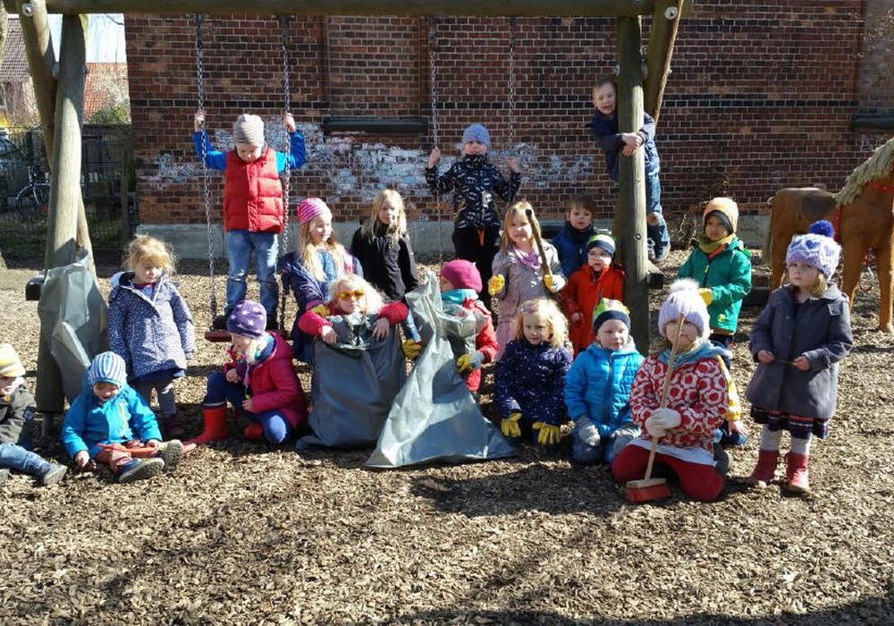 Die Kinder machen beim Stadtputz positive Erfahrungen. Foto: Kiga Ölper e. V.