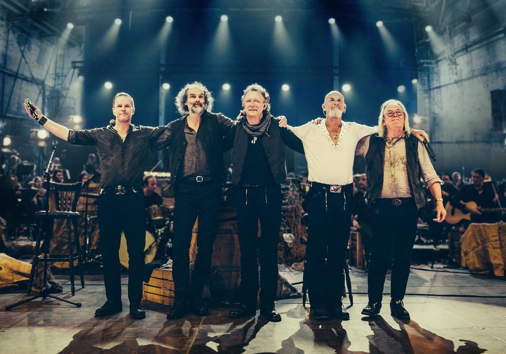 """Santiano spielt in Goslar: Hier sind die Musiker bei """"MTV unplugged"""" zu sehen. Foto: Carsten Klick"""