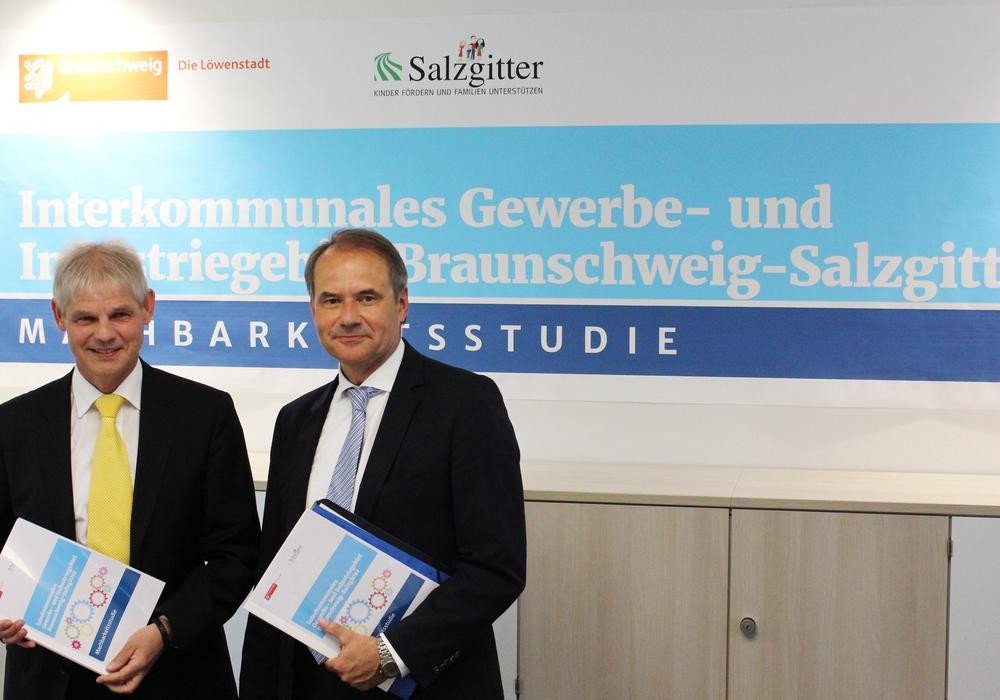 Frank Klingebiel und Ulrich Markurth stellen die Ergebnisse der Machbarkeitsstudie vor. Foto: Sandra Zecchino