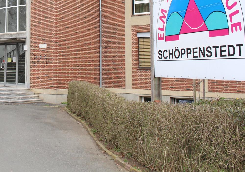 Eltern und Kreiselternrat haben sich zusammengeschlossen und veranstalten am Samstag eine Kundgebung gegen die Schulbezirksregelung. Diese soll eingeführt werden, um die Schülerzahlen an der geplanten IGS in Schöppenstedt zu sichern. Symbolfoto: Jan Borner