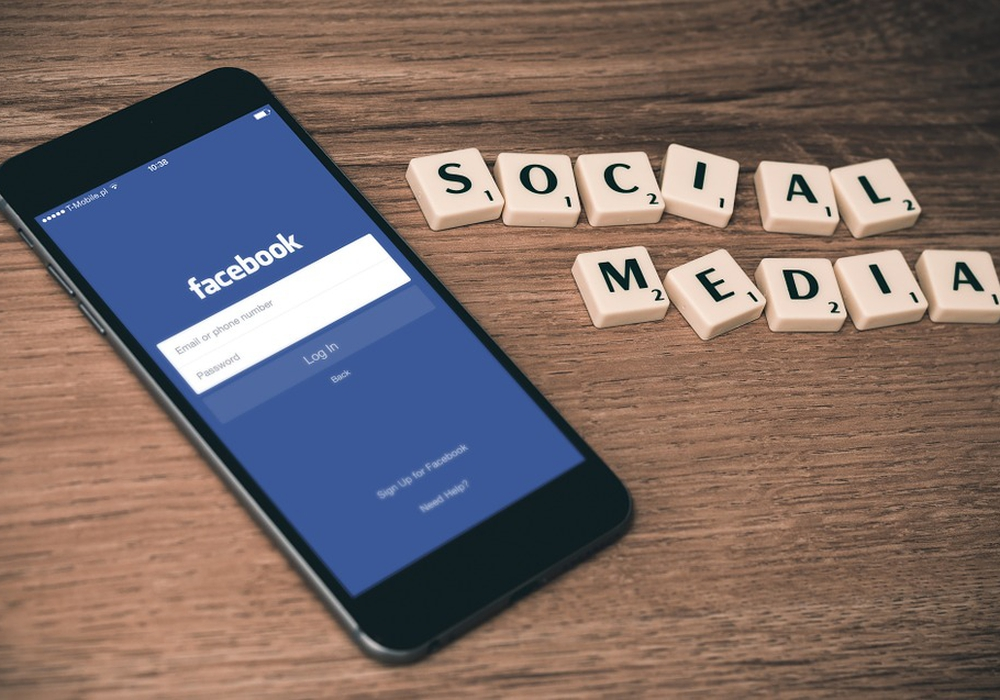 Auch in den sozialen Medien sollte man sich gut überlegen, was man schreibt. Symbolfoto: pixabay
