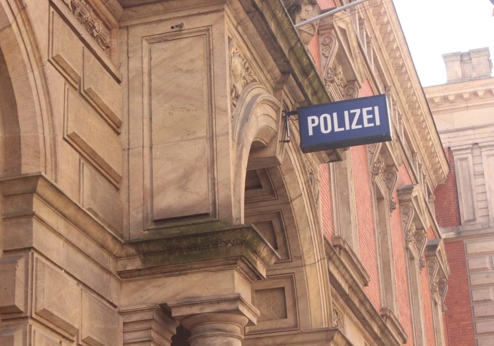 In der Innenstadt kam es Samstagnacht zu mehreren Raubüberfällen. Symbolfoto: Anke Donner