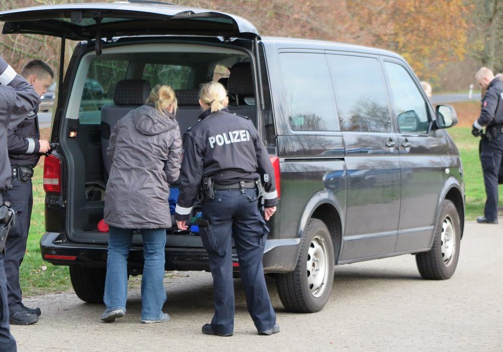 Rund 900 Autos wurden kontrolliert. Foto: Polizei
