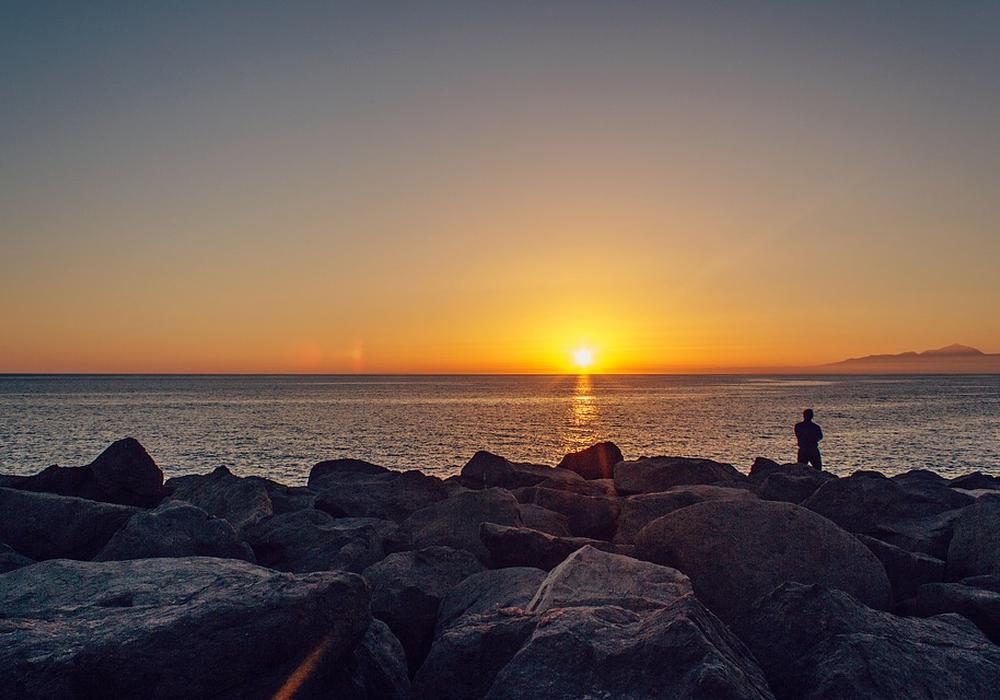 Der Angeklagte ist offenbar lieber auf Gran Canaria geblieben als der Ladung zur Hauptverhandlung zu folgen. Symbolfoto: pixabay