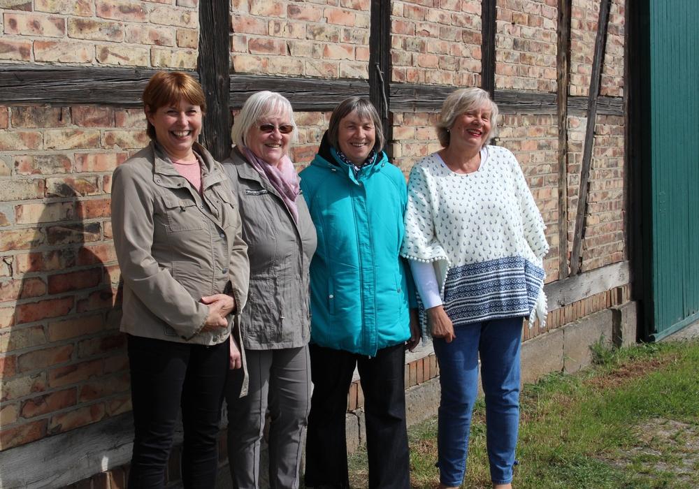 Anja Emmerich, Ingrid Homeister, Beate Kahl und Angela Kneisel haben die Organisation des Bürgerfrühstückes übernommen. Foto: Sandra Zecchino