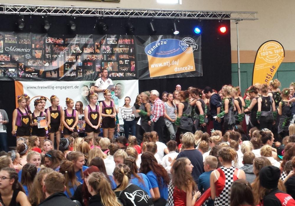 Die Freiwilligenagentur Wolfenbüttel sucht Freiwillige für Catering und Hallenaufsicht für den Tanzwettbewerb Dance2u. Foto: Privat