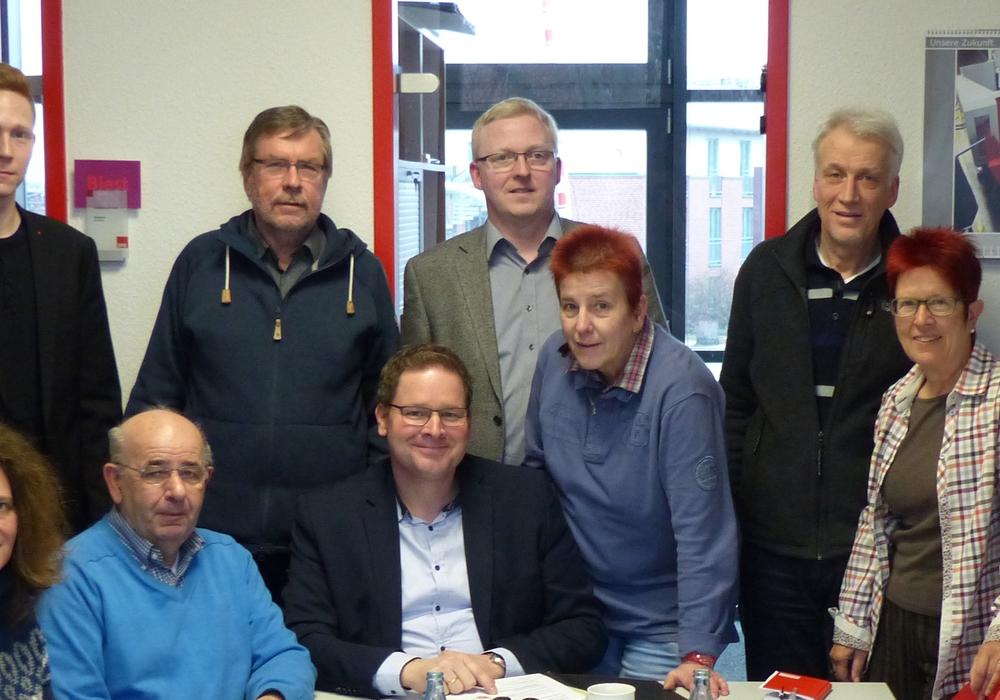 Die Fraktionsvorstände und Bildungspolitiker aus den SPD-Fraktionen im Rat der Stadt Wolfenbüttel und dem Kreistag halten einen Wechsel der Schulträgerschaft der Gesamtschulen für nicht notwendig. Foto: SPD