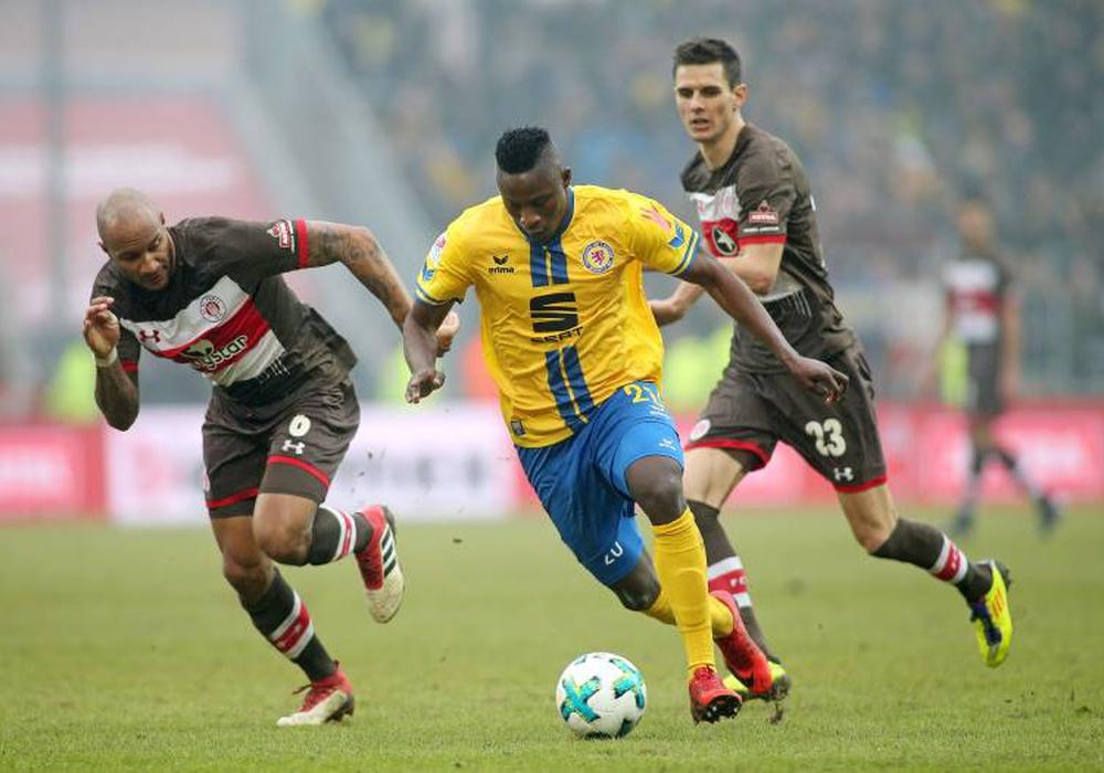 Eintracht-Stürmer Suleiman Abdullahi scheiterte zweimal am Pfosten. Foto: imago/Eibner