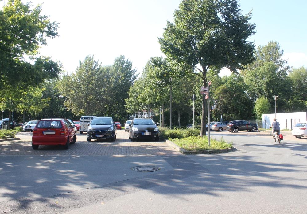 Auch am Spinnerei-Parkplatz empfiehlt das neue Konzept Gebühren. Foto: Archiv/Anke Donner