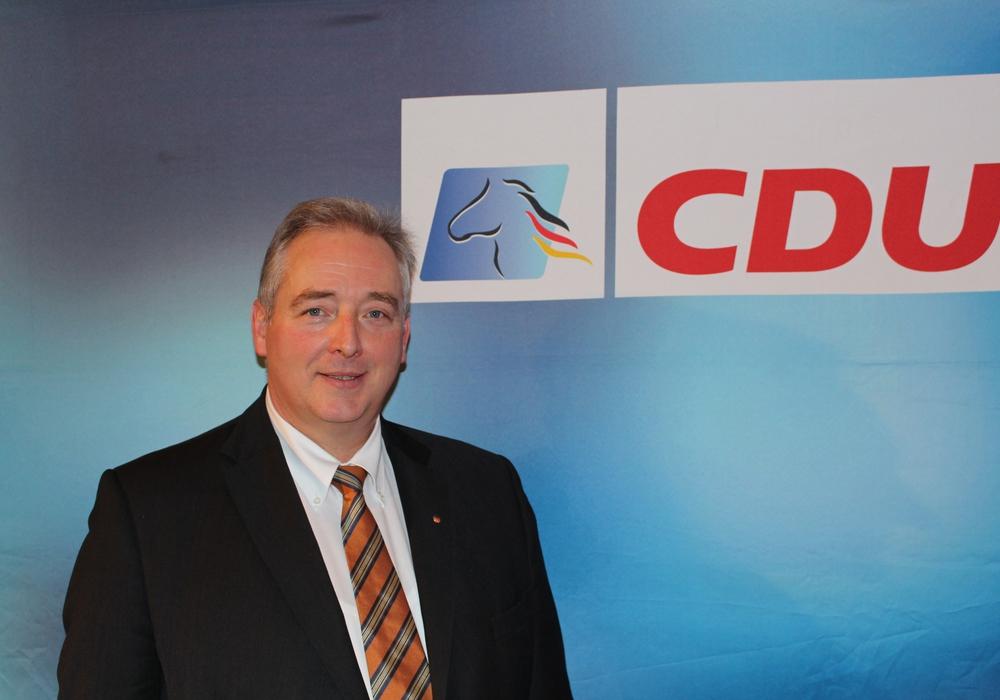 Als Armutszeugnis der Kultusministerin bezeichnet der CDU-Landtagsabgeordnete Frank Oesterhelweg die Antwort auf die Frage, wie es um die Unterrichtsversorgung bestellt ist. Foto: Bernd Dukiewitz