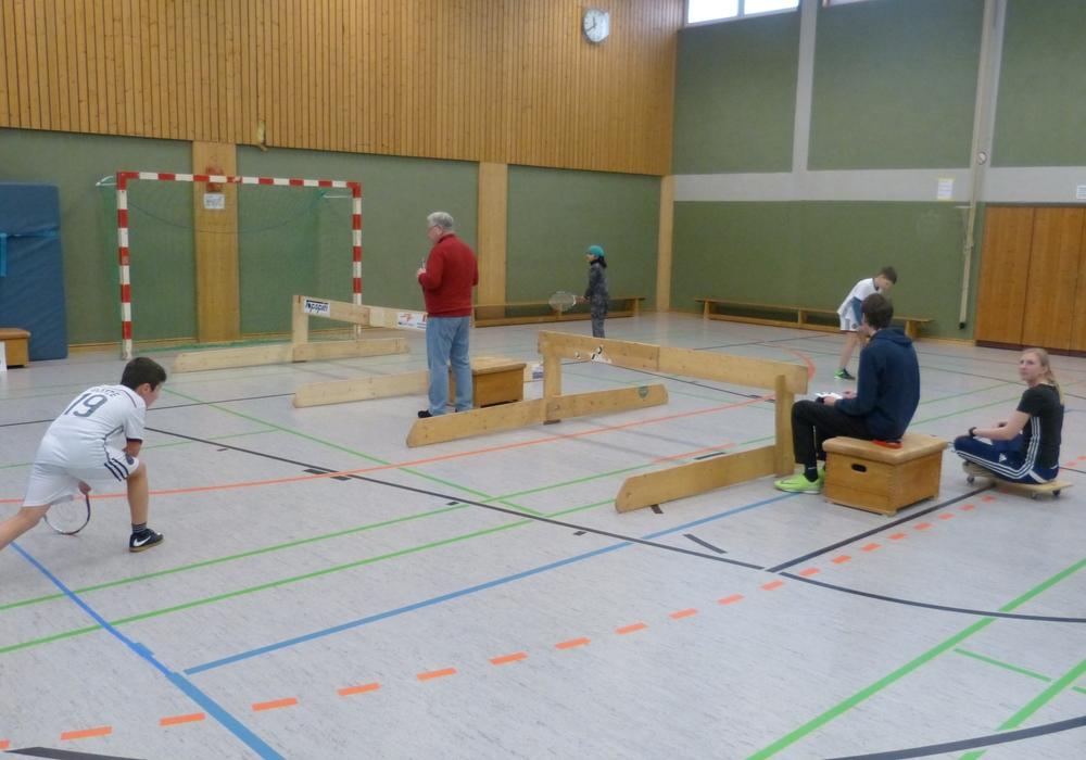 Die Schüler der Grundschule am Geitelplatz spielten  Low-T-Ball und qualifizierten sich für die Kreismeisterschaft. Foto: Schule