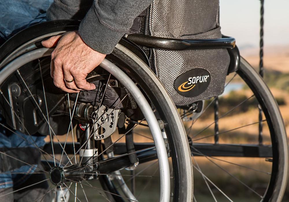 Rollstuhl, behinderung, inklusion, barrierefrei, symbolbild: pixabay