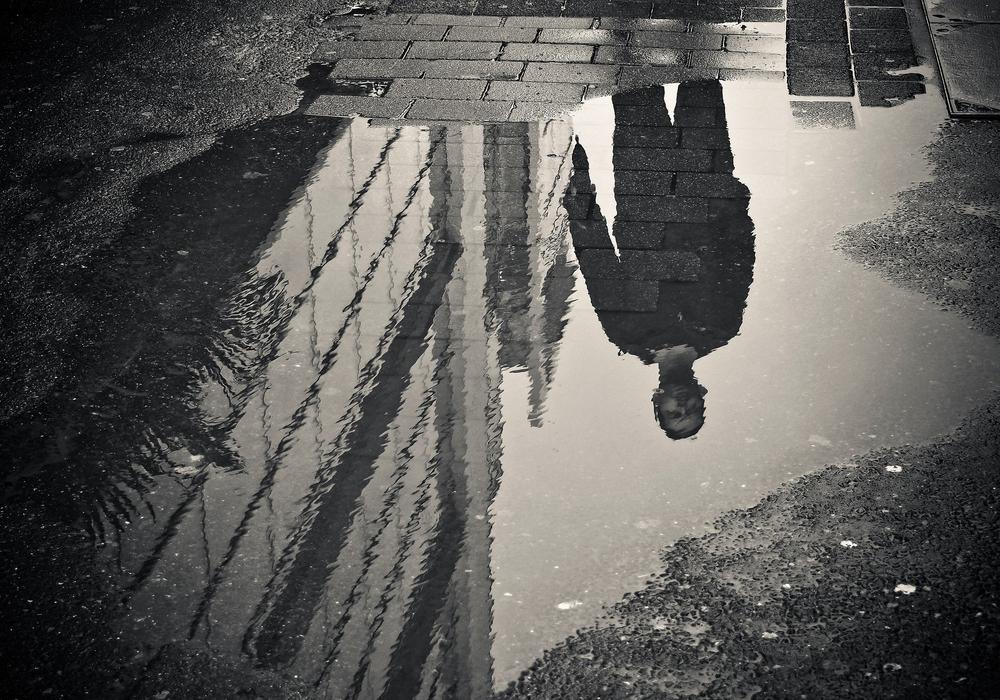 Gegen die Überzahl hatte der Mann alleine keine Chance. Symbolfoto: pixabay