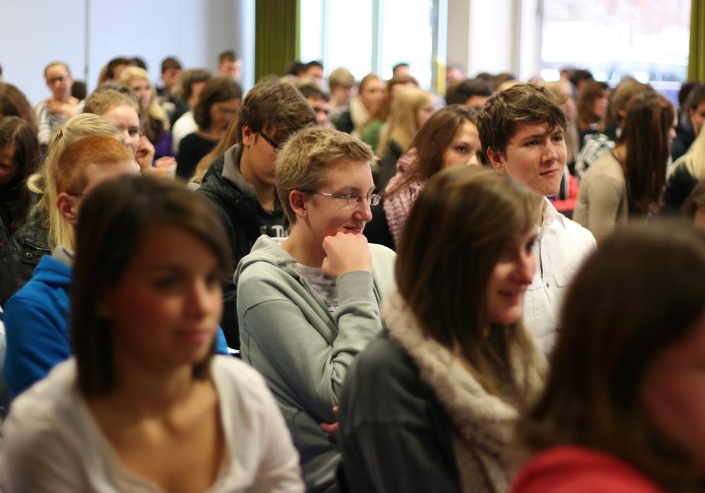 Viele Schuler stellen sich der Heruausforderung Oberstufe Symbolbild Foto: Archiv