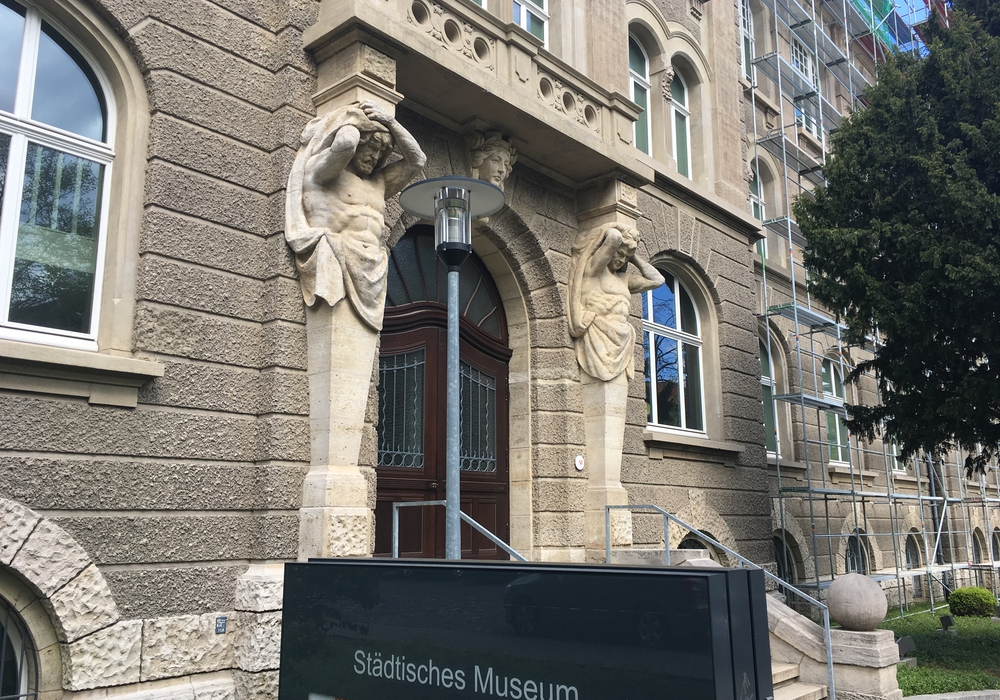 Das Städtische Museum am Löwenwall. Foto: Archiv/Alexander Dontscheff