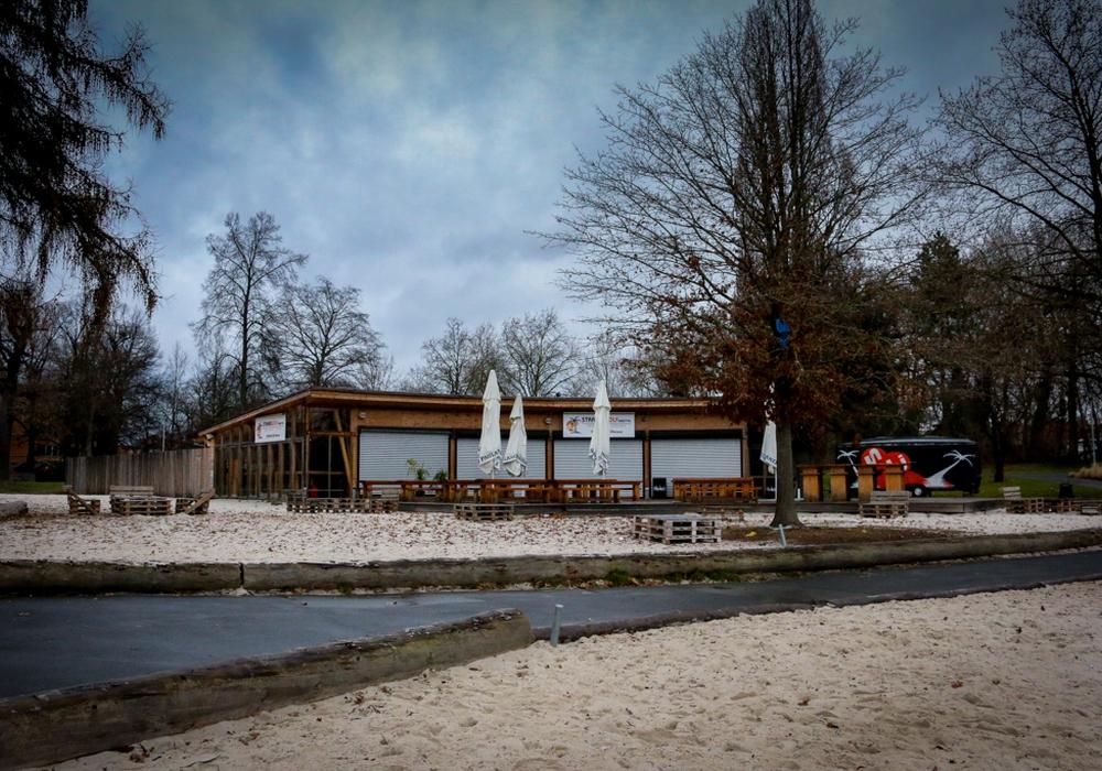 Derzeit hat der Strandwolf geschlossen. Das Betriebskonzept soll überarbeitet werden. Fotos: Werner Heise.