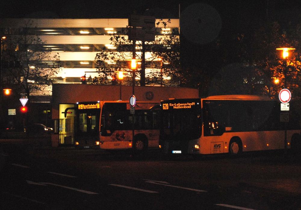 Die Braunschweiger werden gebeten, über die Ostertage auf die veränderten Fahrtzeiten für Busse und Bahnen zu achten. Symbolfoto: Robert Braumann