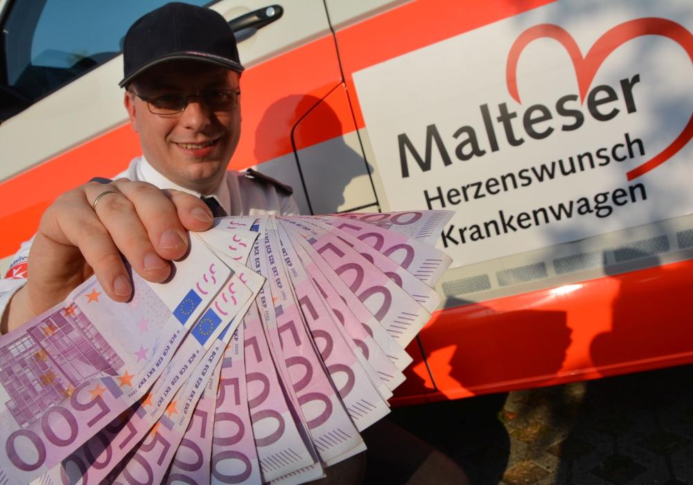 Andreas Nickel, ehrenamtlicher Geschäftsführer der Malteser Wolfsburg, kann nun noch mehr letzte Herzenswünsche erfüllen; Foto: Lukas/Malteser