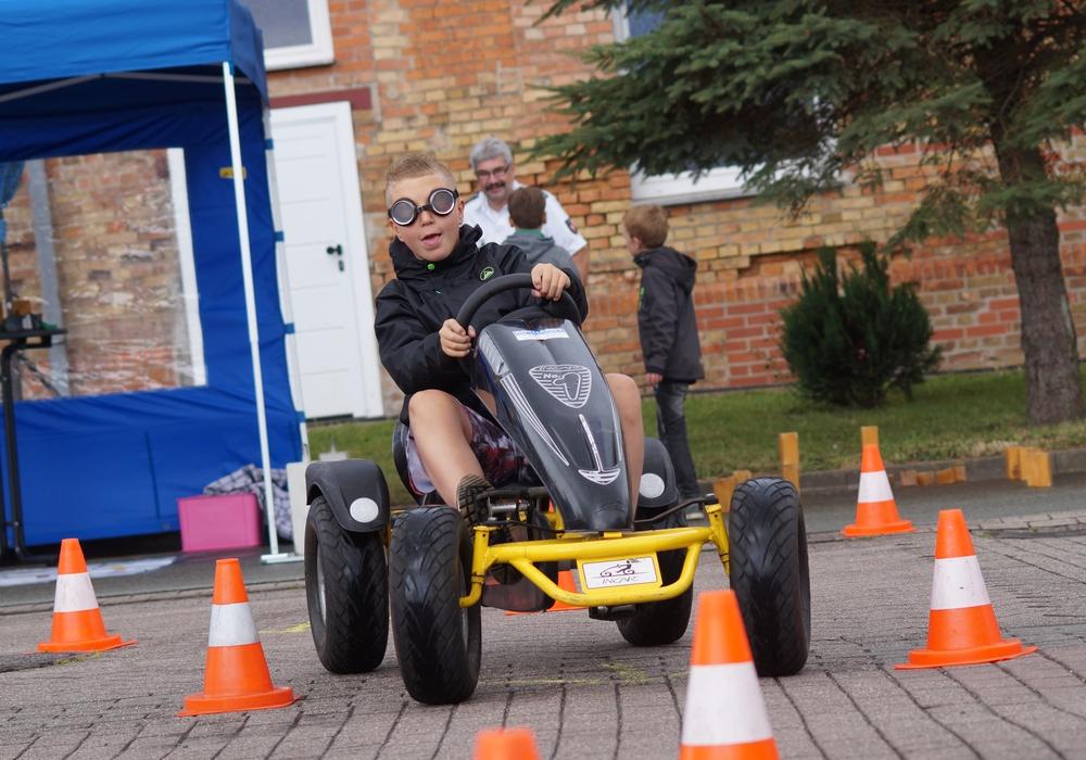 Der Verkehrssicherheitstag hatte einige Aktivitäten zu bieten. Fotos: FFW Hohenhameln