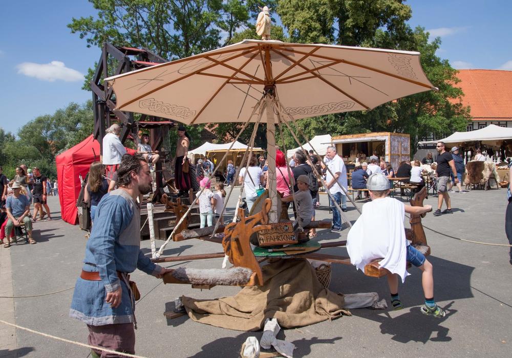 Beim Mittelaltermarkt gab es viel zu erleben. Fotos: Rudolf Karliczek