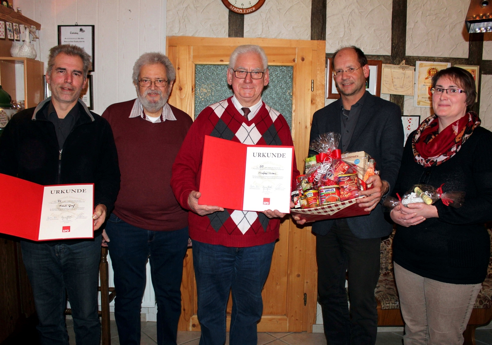 Bei der SPD in Winnigstedt standen zahlreiche Ehrungen an. Foto:  Foto: Bernd-Uwe Meyer