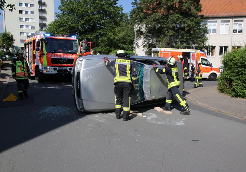 Der Überschlag des Wagens war für die Polizei nicht zu erklären. Foto: R. Karliczek